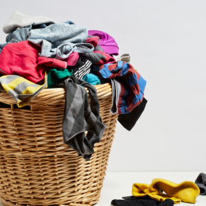 5 AMAZING LAUNDRY HACKS AND TIPS EVERYONE SHOULD KNOW