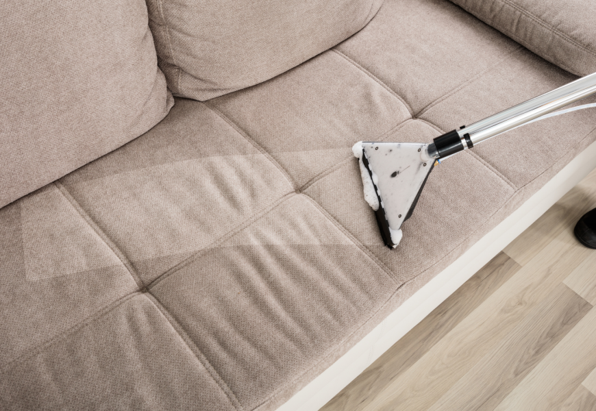 THE BEST WAYS TO CLEAN AND FRESHEN UP A DIRTY SOFA